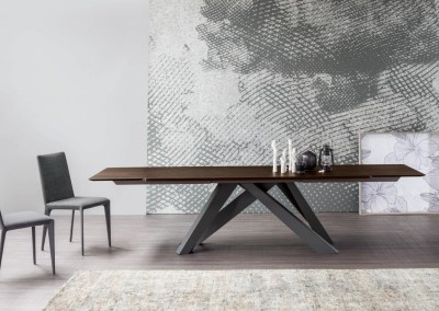 table extensible en bois avec pieds central