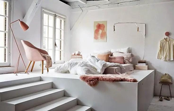 aménagement d'un petit espace, chambre rose poudré et blanc
