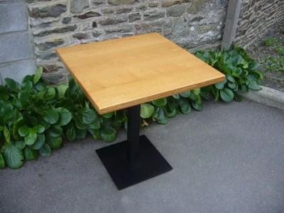 Table de bistrot en chêne