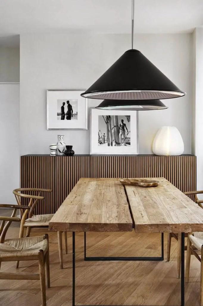salle à manger avec ambiance très rustique