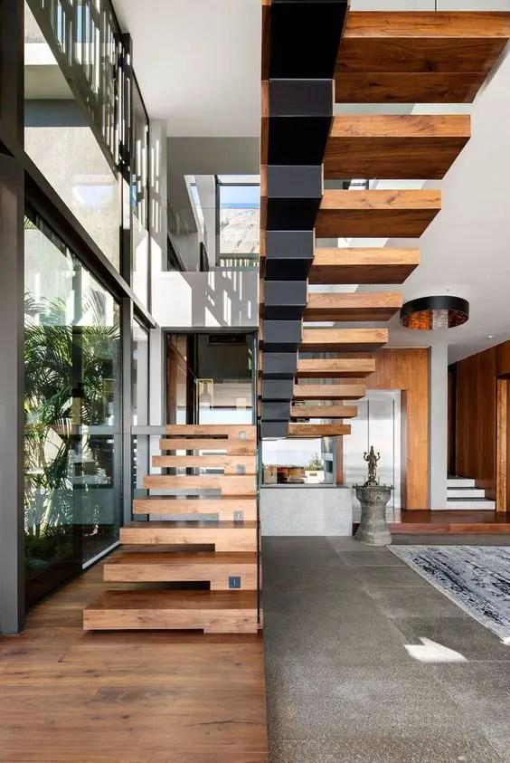 escaliers en bois protégés par de l'huile de lin térébenthine
