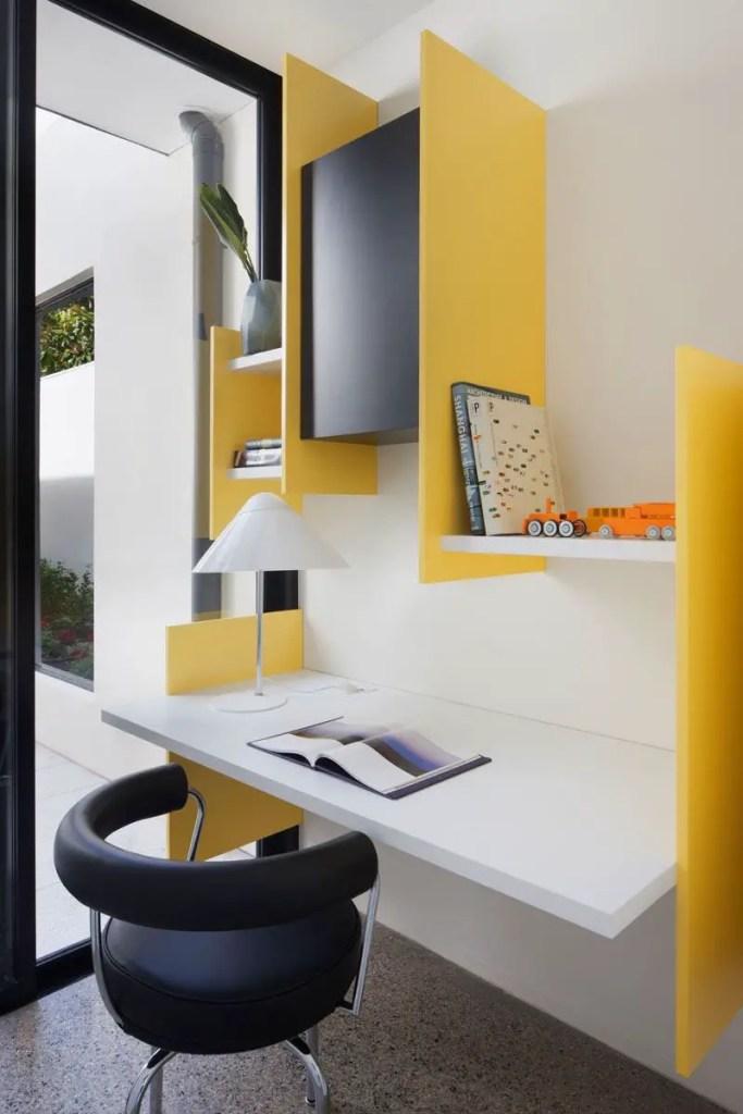 Déco contemporaine en jaune, noir et blanc