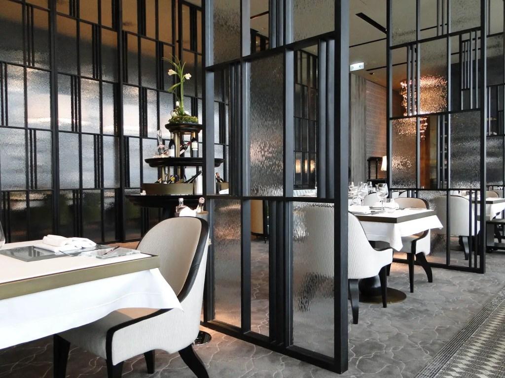 cloison de séparation de restaurant