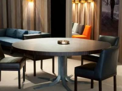 Table de réunion ronde en bois et pieds en métal