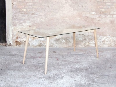 table scandinave en verre rectangulaire