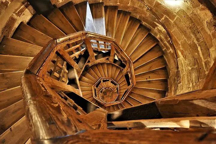 Quel est le prix d'un escalier en bois ?