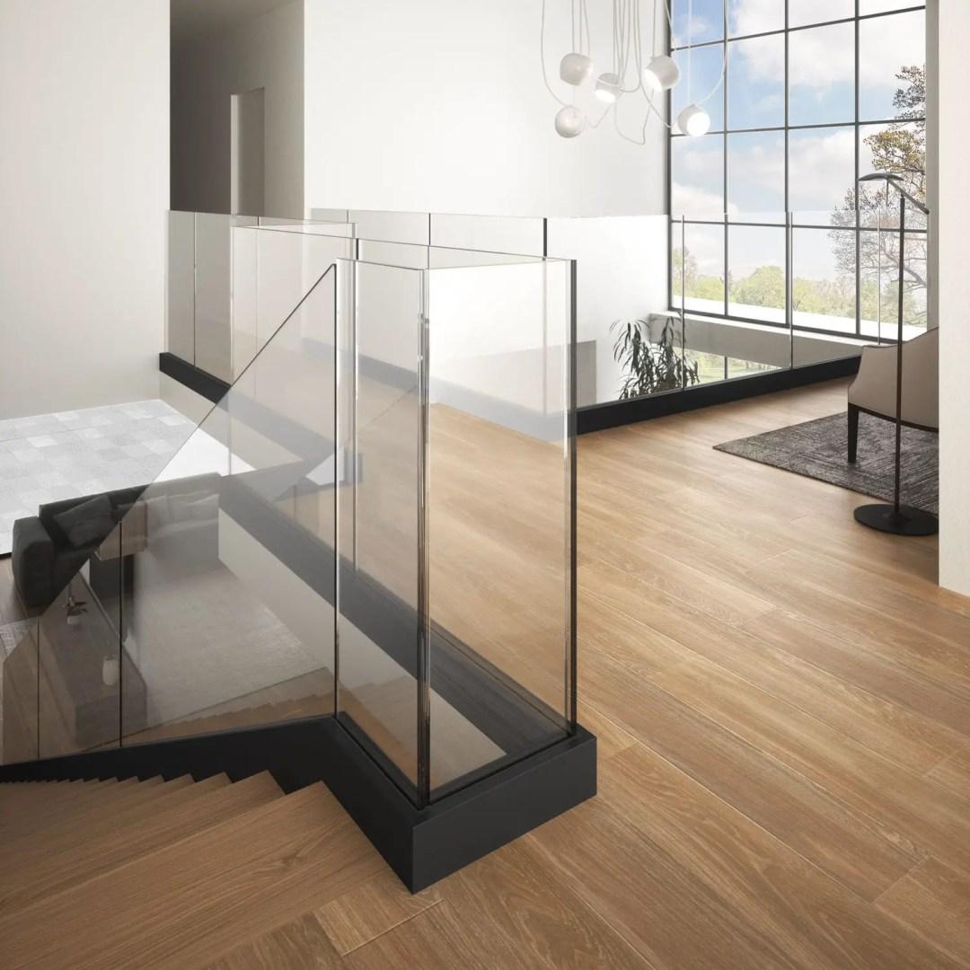 Garde-corps en verre intérieur mezzanine