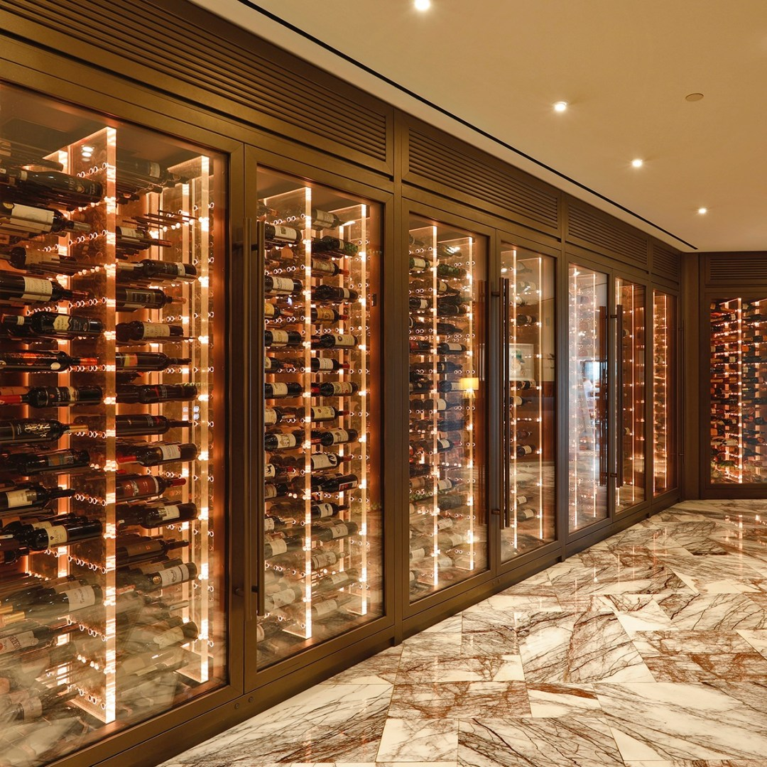 Agencement de cave à vin sur-mesure pour boutique