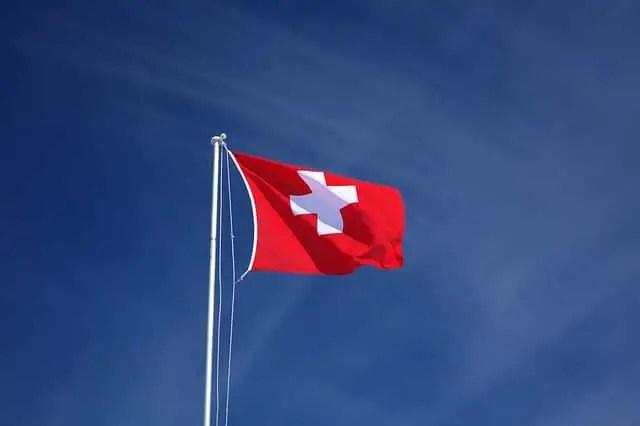 Facturer en suisse