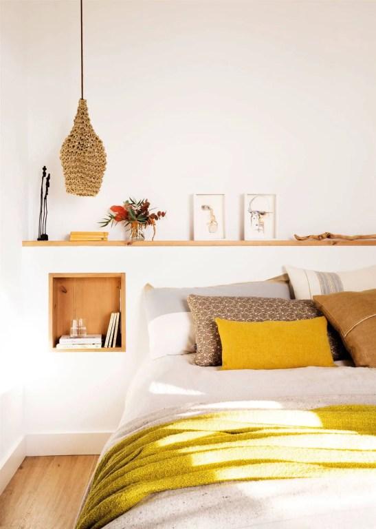Tête de lit avec tables de chevet intégrées