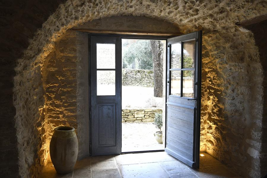 porte d'entrée en bois à double battants