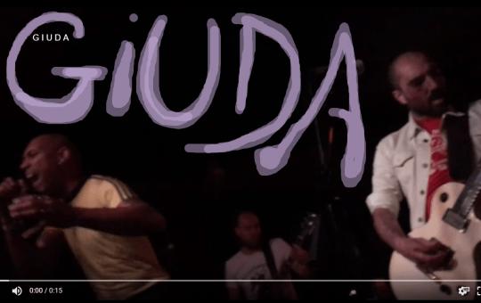 Giuda Live Onstage