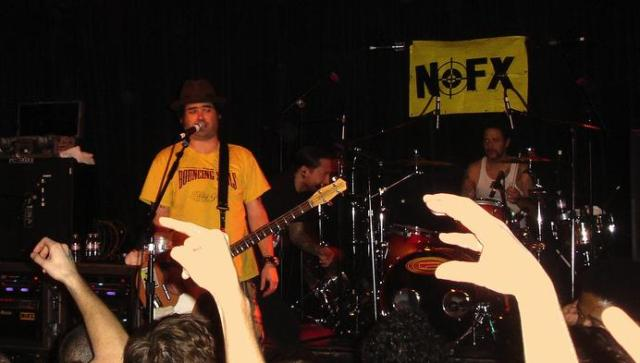 picture of Fat Mike of NOFX, with drummer Eric Sandin taken February  2007 by Miles Gehm in San Francisco
