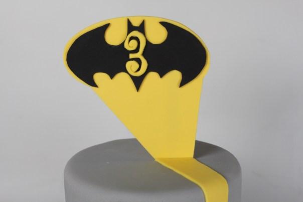 Fondant Batman Symbol