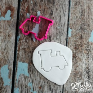 train cutter | Lil Miss Cakes