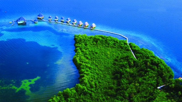 000794-01-exterior-aerial-huts-ocean-view