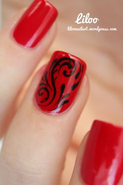 https://liloonailart.wordpress.com/2012/12/22/accent-nail-volutes-et-autres-petites-choses/