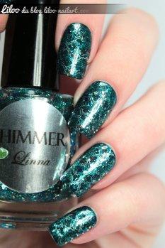 Defiant - IBD Linna - Shimmer polish nail art