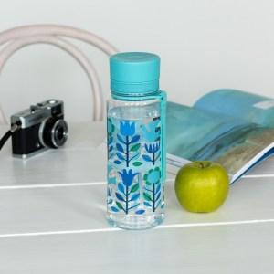 folk-doves-water-bottle-28320-lifestyle