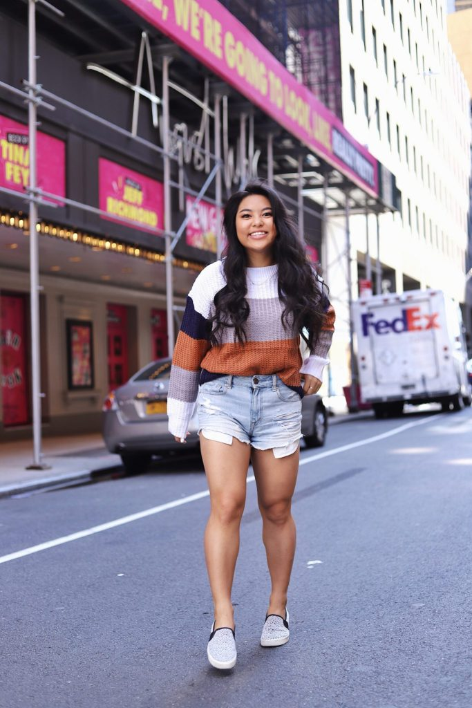 transitional fall outfits :: sweater & jean shorts