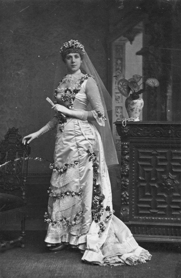 Florence Folger 1887