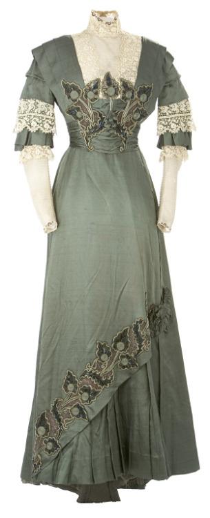 Day Dress 1910