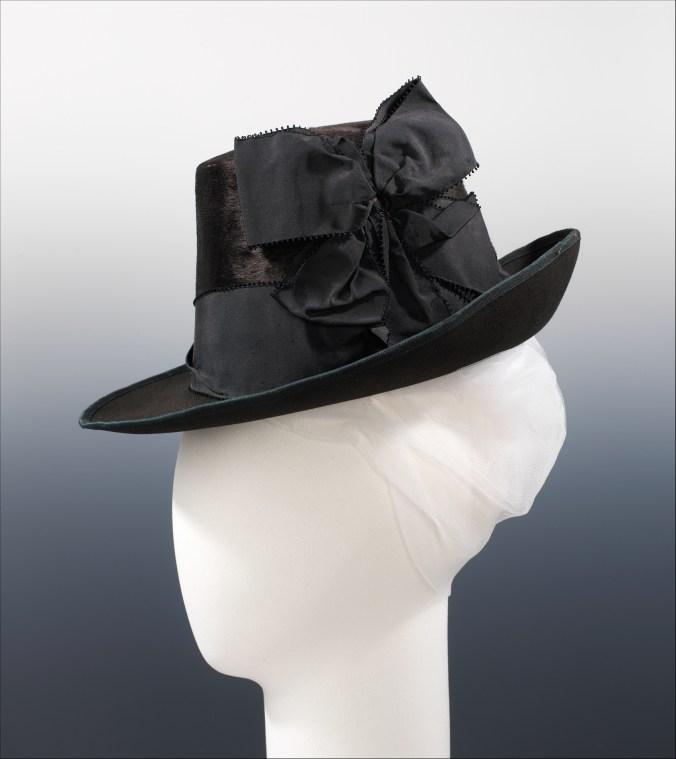 Hat 1880s