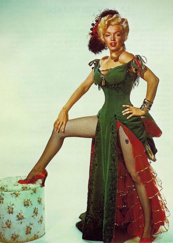 Marilyn Monroe_Emerald Dress_River of No Return2