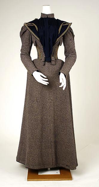 1893 Walking Dress