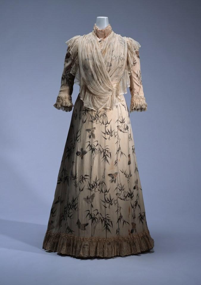 Day Dress Doucet c. 1890