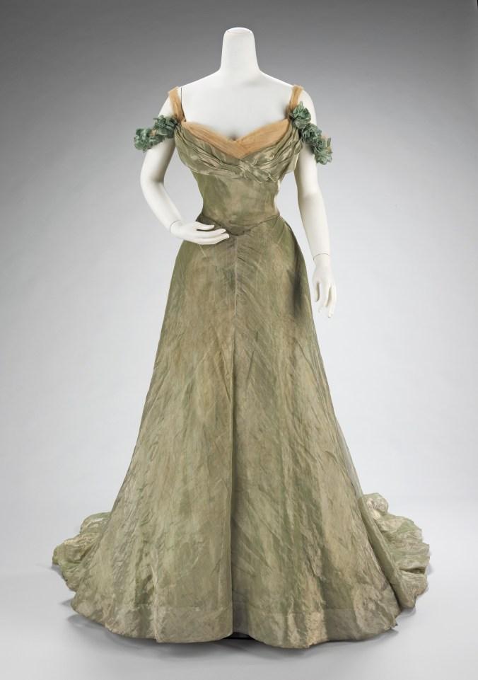Doucet Ballgown 1898 - 1900