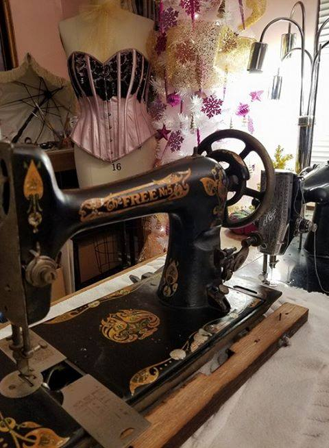 Free Sewing Machine2 Vintage