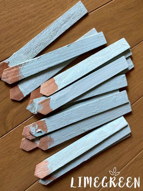 ダイソーの木製ネームプレート