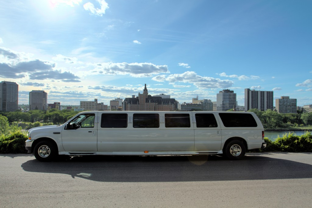 Saskatoon Airport Limousine Service