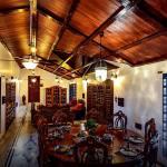 Lonavala-Colonial Villa 10