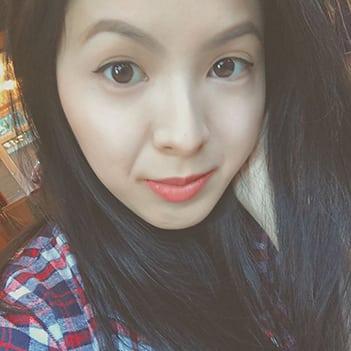 Julia Duong - Founder of Julia Light Healing