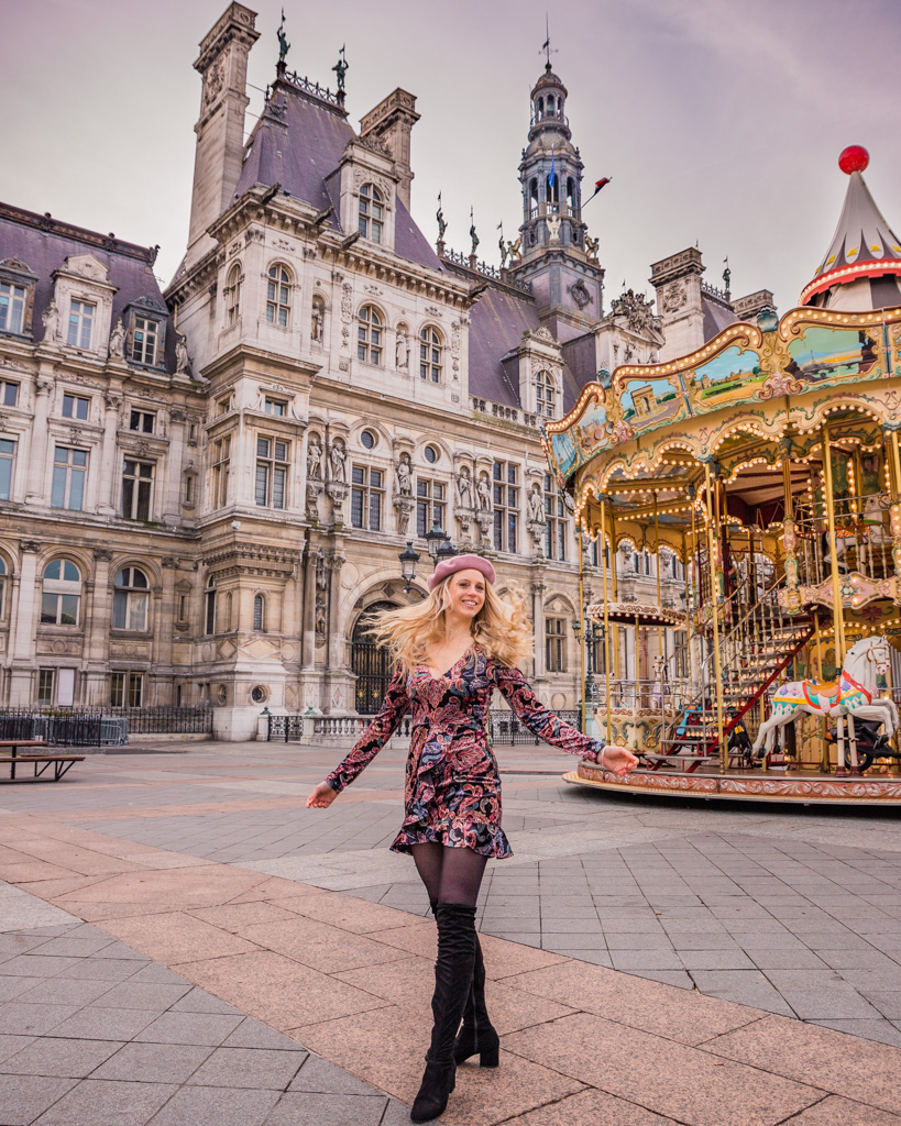 The carousel in front of the Hotel de Ville of Paris