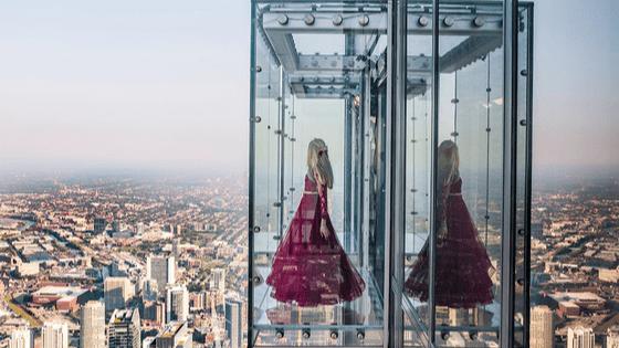 Glass balcony Skydeck Chicago