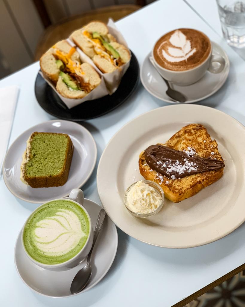 Brunch in Passager Café - Paris