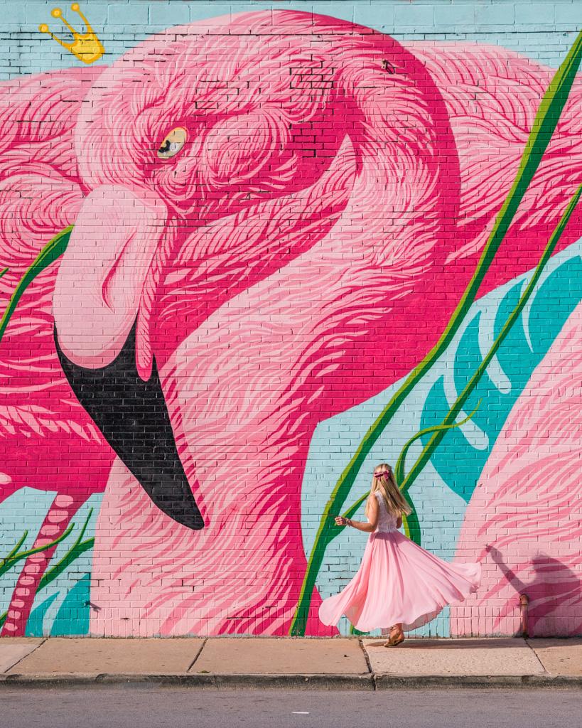 Flamingo mural - N. Wells street in Chicago