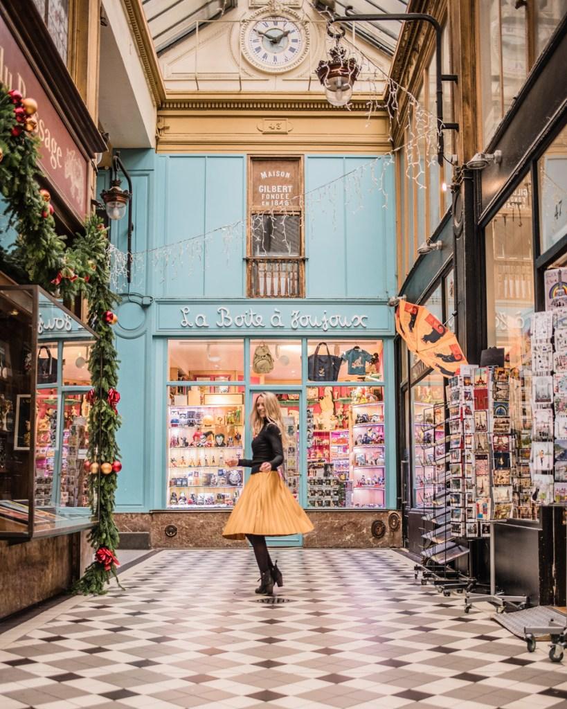Passage Jouffroy - Christmas in Paris