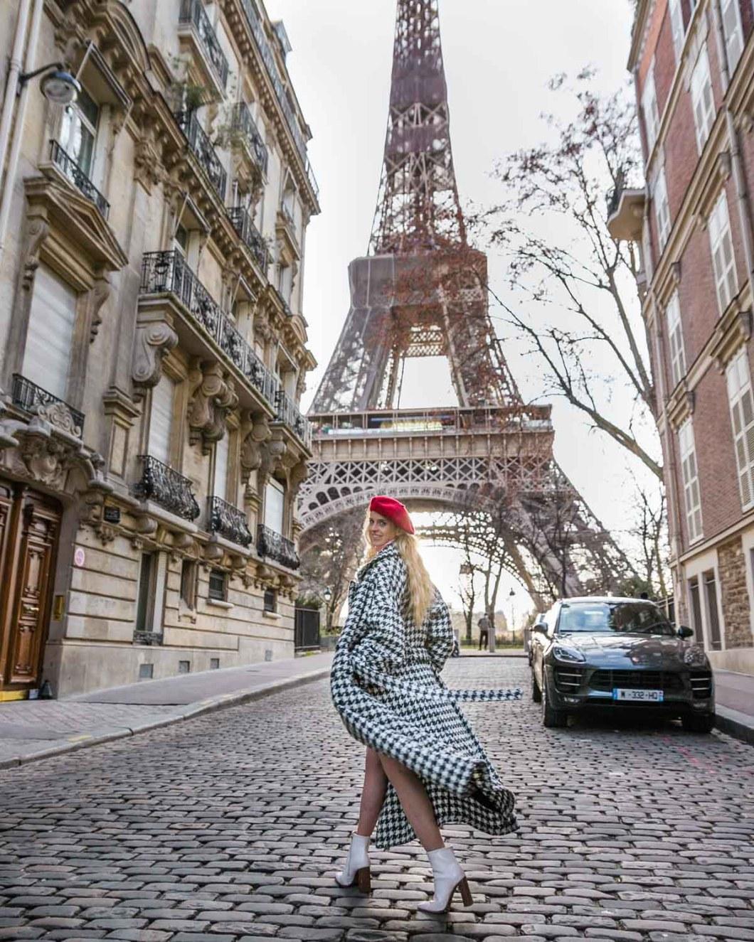 Rue de l'Université with the Eiffel Tower