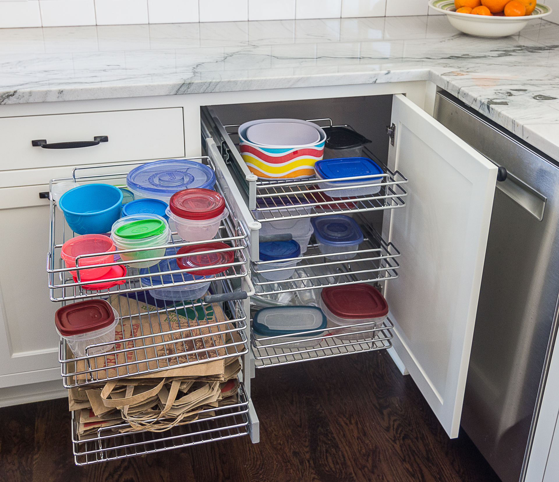 Complete corner cabinet storage