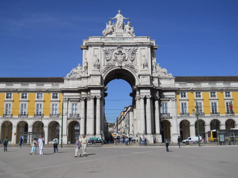 arch 800x600 - 3 days in Lisbon: the main attractions