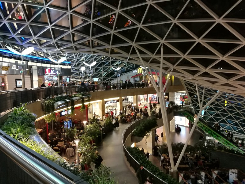 mall 2 - THE ULTIMATE GUIDE TO TRAVEL TO POLAND ON A BUDGET; PART 2 - WARSAW ON A BUDGET
