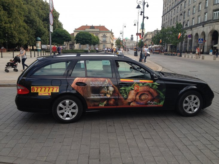 taxi - THE ULTIMATE GUIDE TO TRAVEL TO POLAND ON A BUDGET; PART 2 - WARSAW