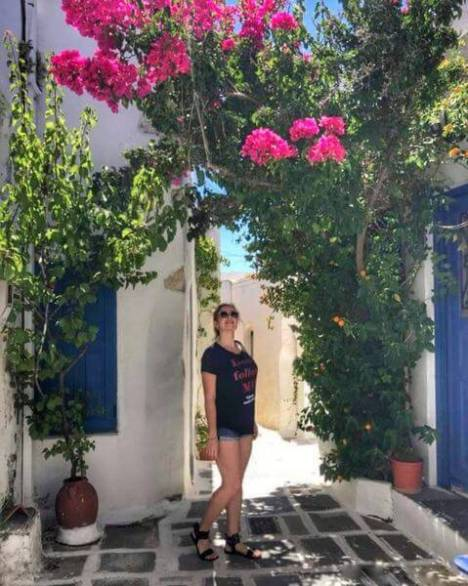 BodyEditor 20190714 160531381 01 resized 20190715 023427118 639x800 1 - SERIFOS ISLAND  - THE ULTIMATE GUIDE.