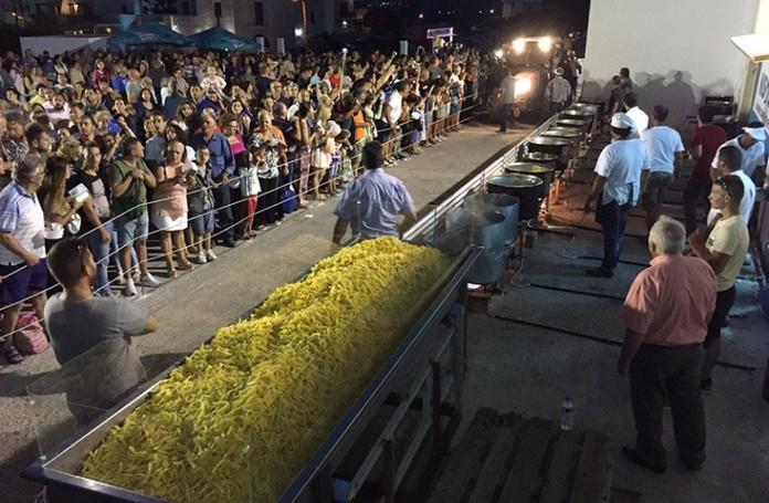 "potato - 8 ""TASTY"" FESTIVALS IN GREECE IN AUGUST AND SEPTEMBER"