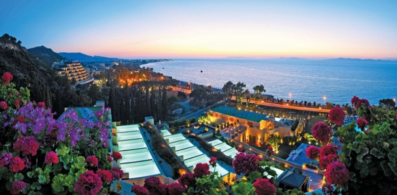 image 674 v1 - Top 5  Honeymoon Destinations in Greece