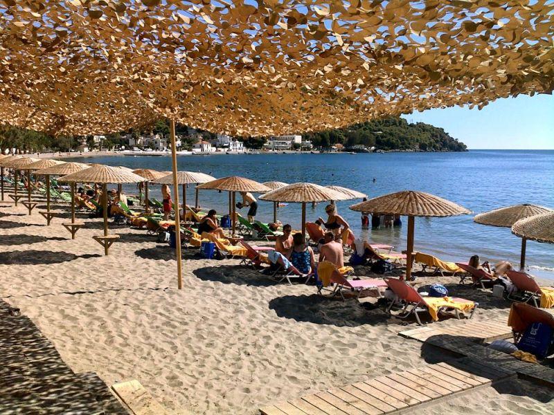 askeli beach 800x600 - The Best Poros Beaches To  Visit